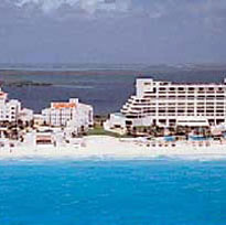 Royal Solaris Cancun Photo
